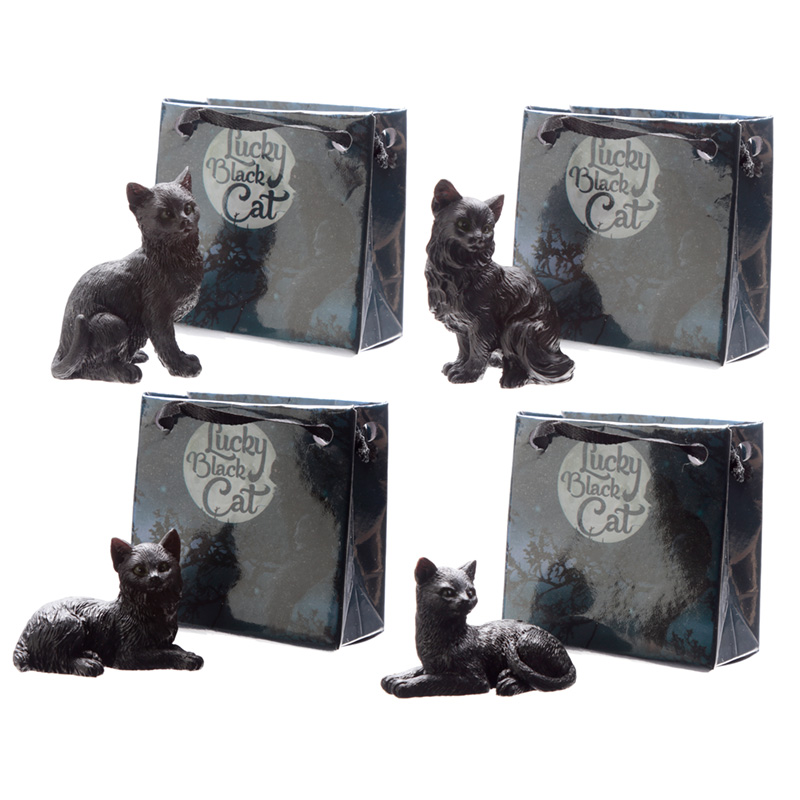 Collectable Lucky Cat Figurine in Mini Gift Bag